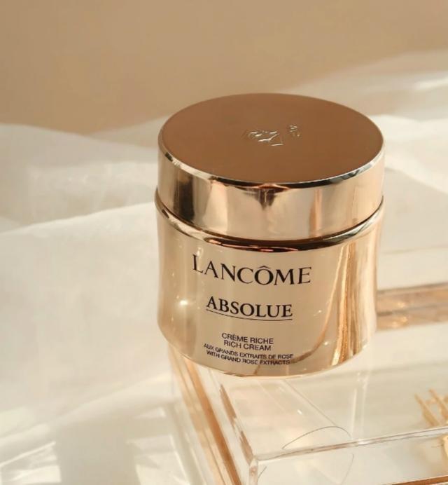 一般认为最好的4个品牌的润肤霜是保湿和延缓衰老。你习惯了吗?